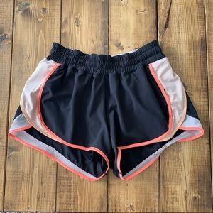 """Lululemon shorts 2.5"""""""